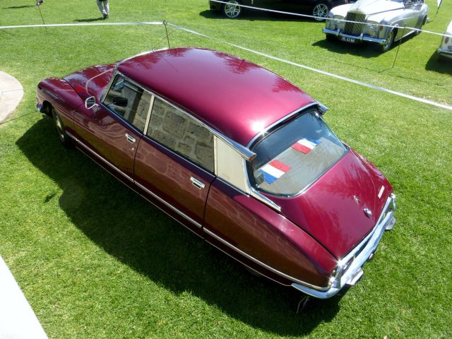 COTM15 Citroen DS red