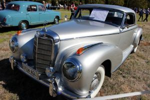 Mercedes-Benz 300S Coupe