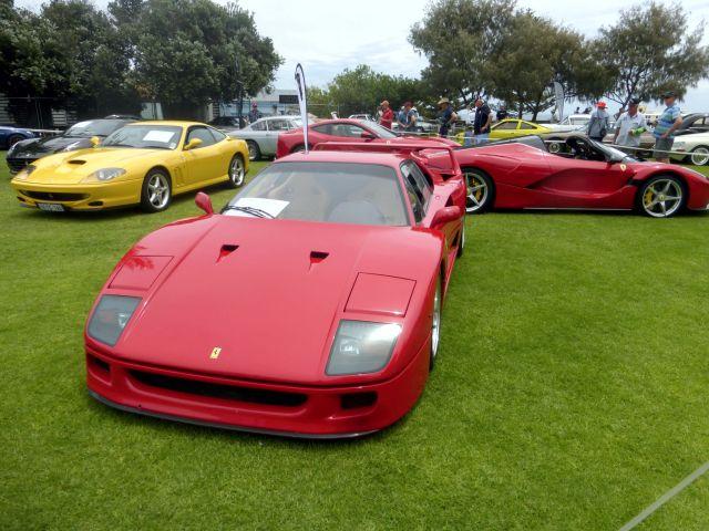 COTM17 Ferrari F40
