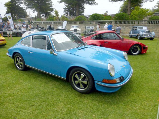 COTM17 Porsche 911S blue