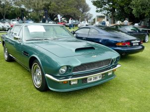 Aston DBS V8